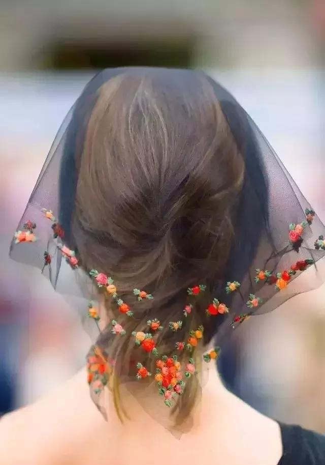 40款玫瑰花刺绣玩法,3种玫瑰针法,给自己心爱的人绣只玫瑰!