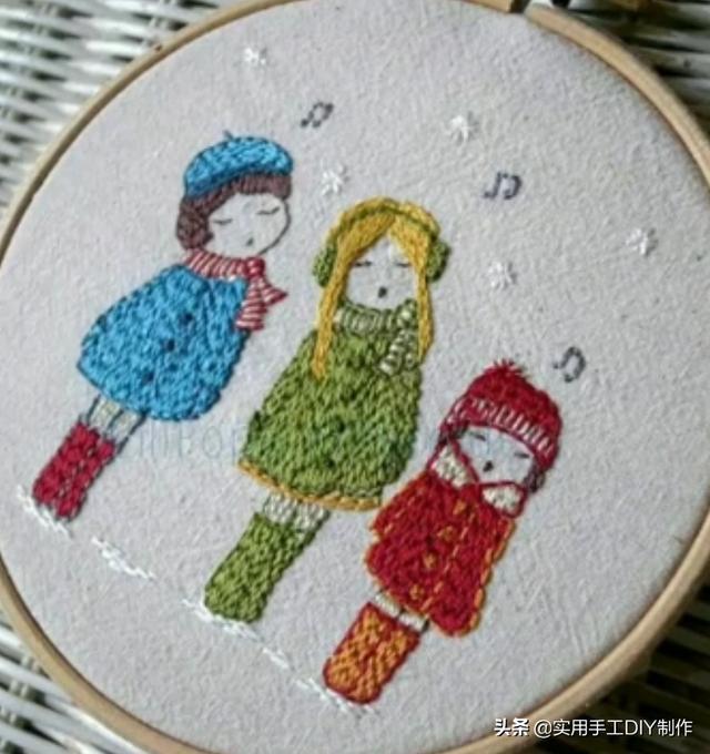 「刺绣作品」35个简单可爱的娃娃刺绣图案和风格